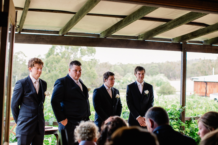 emmalie-zachary-peppers-creek-barrel-room-huntervalley-wedding036