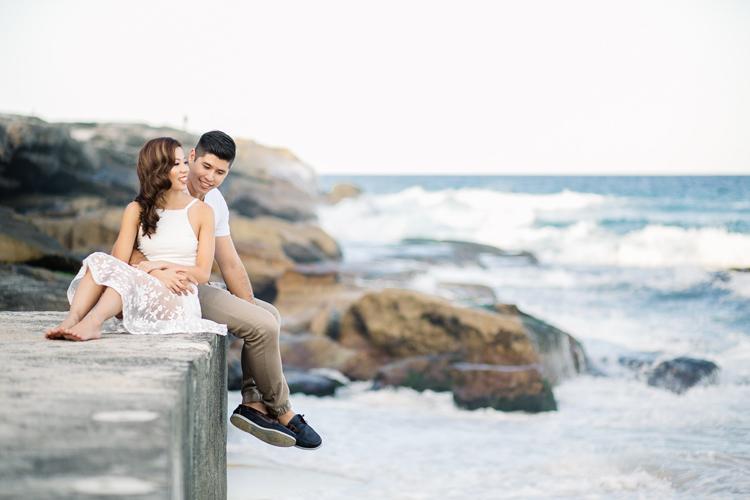 maggie-graham-bronte-beach-engagement-023