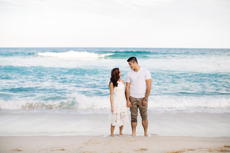 maggie-graham-bronte-beach-engagement-027